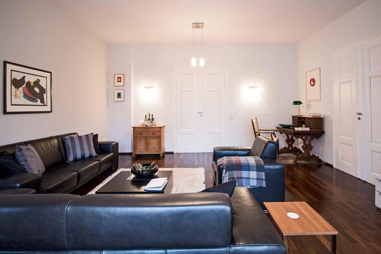 eigentumswohnung verkaufen 5 wichtige tipps zu steuern kosten co. Black Bedroom Furniture Sets. Home Design Ideas